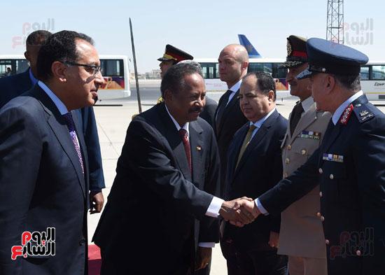 مراسم  استقبال رئيس الوزراء السودانى