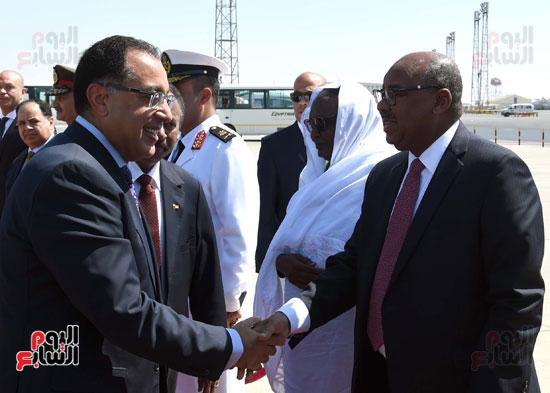 رئيس الوزراء يقابل الوفد السودانى