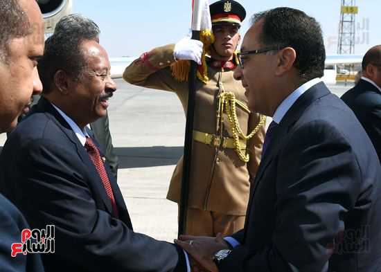 استقبال رئيس الوزراء السودانى