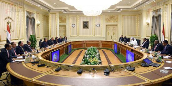 اجتماع رئيس الوزراء المصرى و السودانى