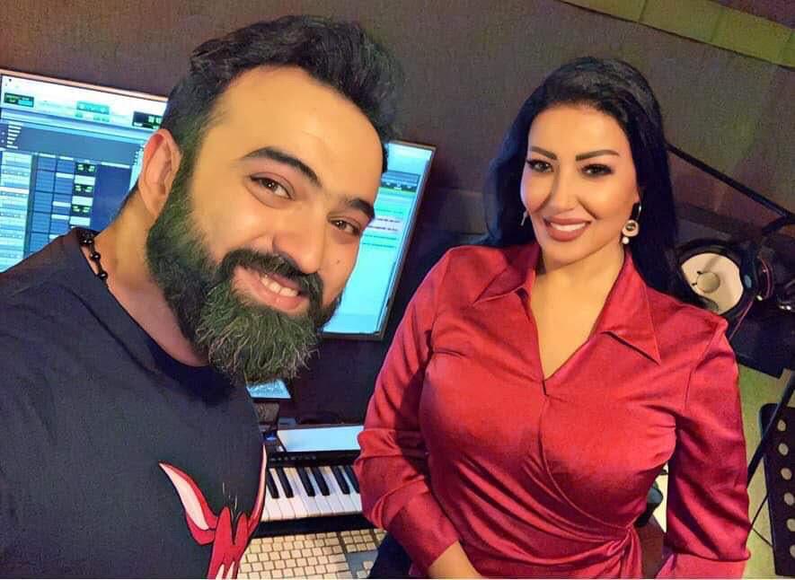 سمية الخشاب والشاعر هشام صادق