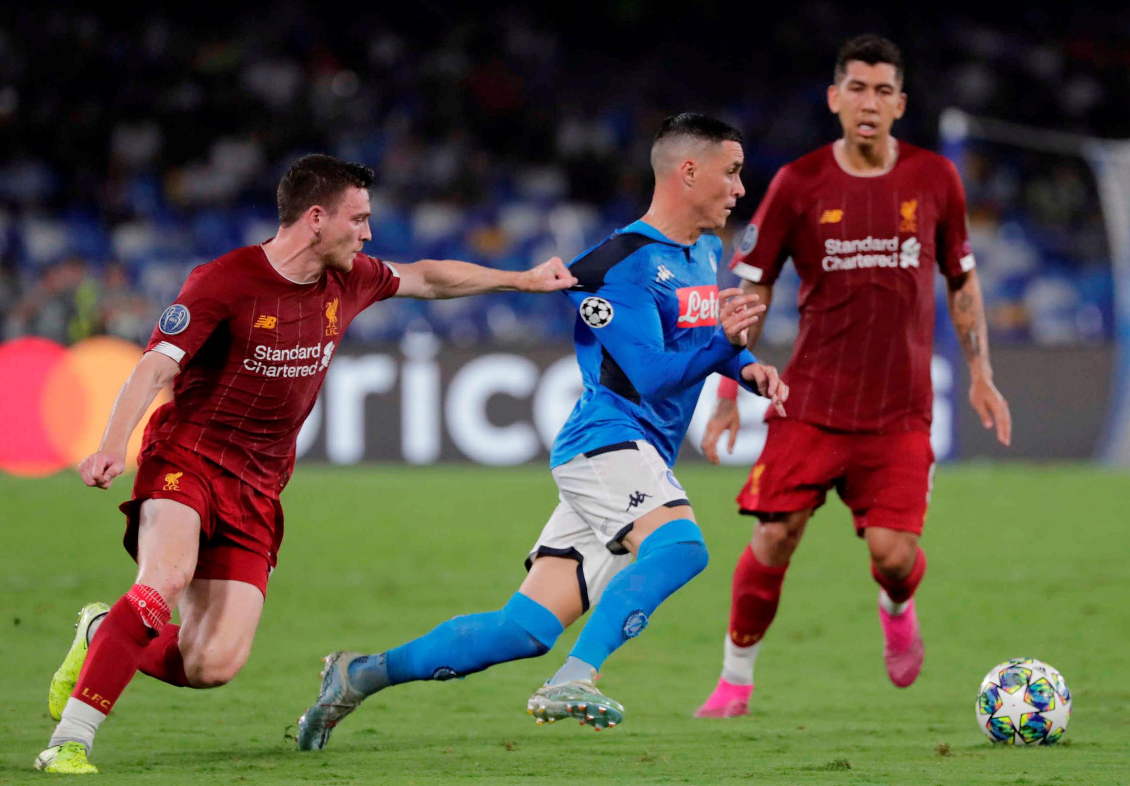 ليفربول ضد نابولى  (13)