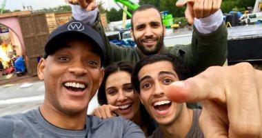 مينا مسعود مع أصدقاءه