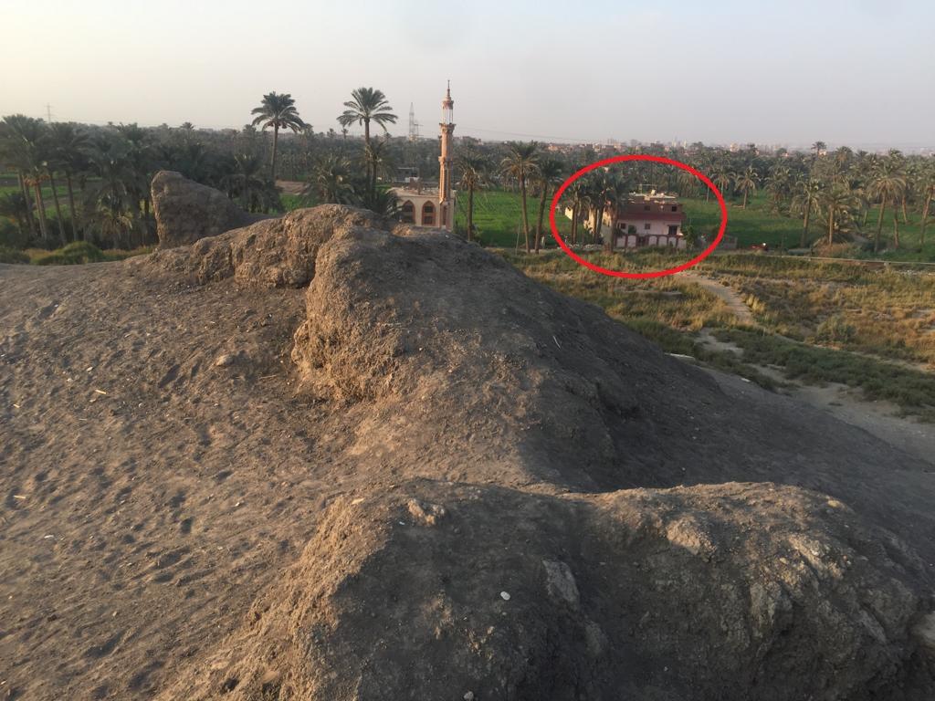مباني مخالفة بمحيط تل العزيزية