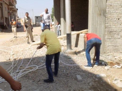 ضبط وتحرير 125 مخالفه خلال حملة للإشغالات بمركز بنى مزار بالمنيا (2)