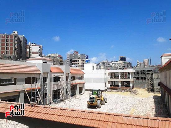 أحد-المساجد-تحت-الإنشاء-(1)