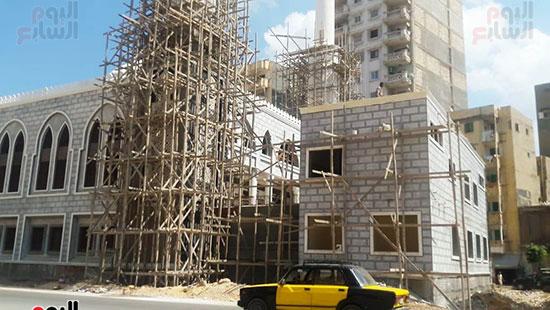 أحد-المساجد-تحت-الإنشاء-(4)