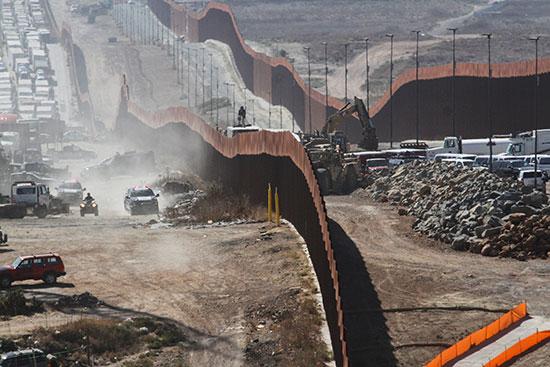 السياج الحدودى بين المكسيك والولايات المتحدة