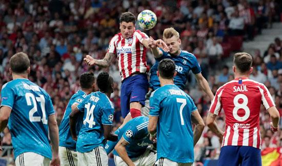 خط-الدفاع-كلمة-السر-فى-مباراة-اتليتكو-مدريد-ضد-يوفنتوس