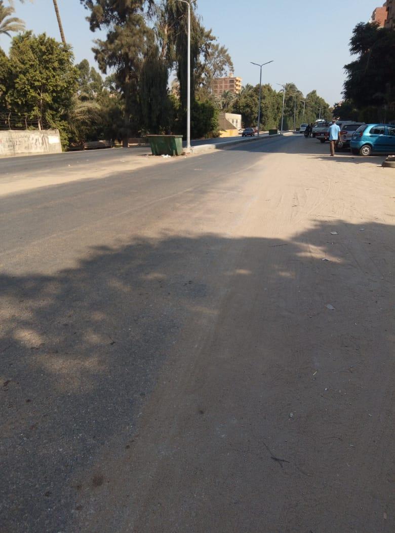 طريق قرية طناش بالوراق يحتاج لـمطب لإنقاذ الأهالى (6)