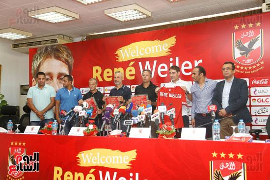 المؤتمر الصحفي لتقديم مدرب الأهلى الجديد