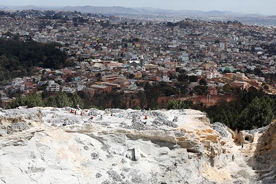 منطقة أكاموسا على أطراف عاصمة مدغشقر