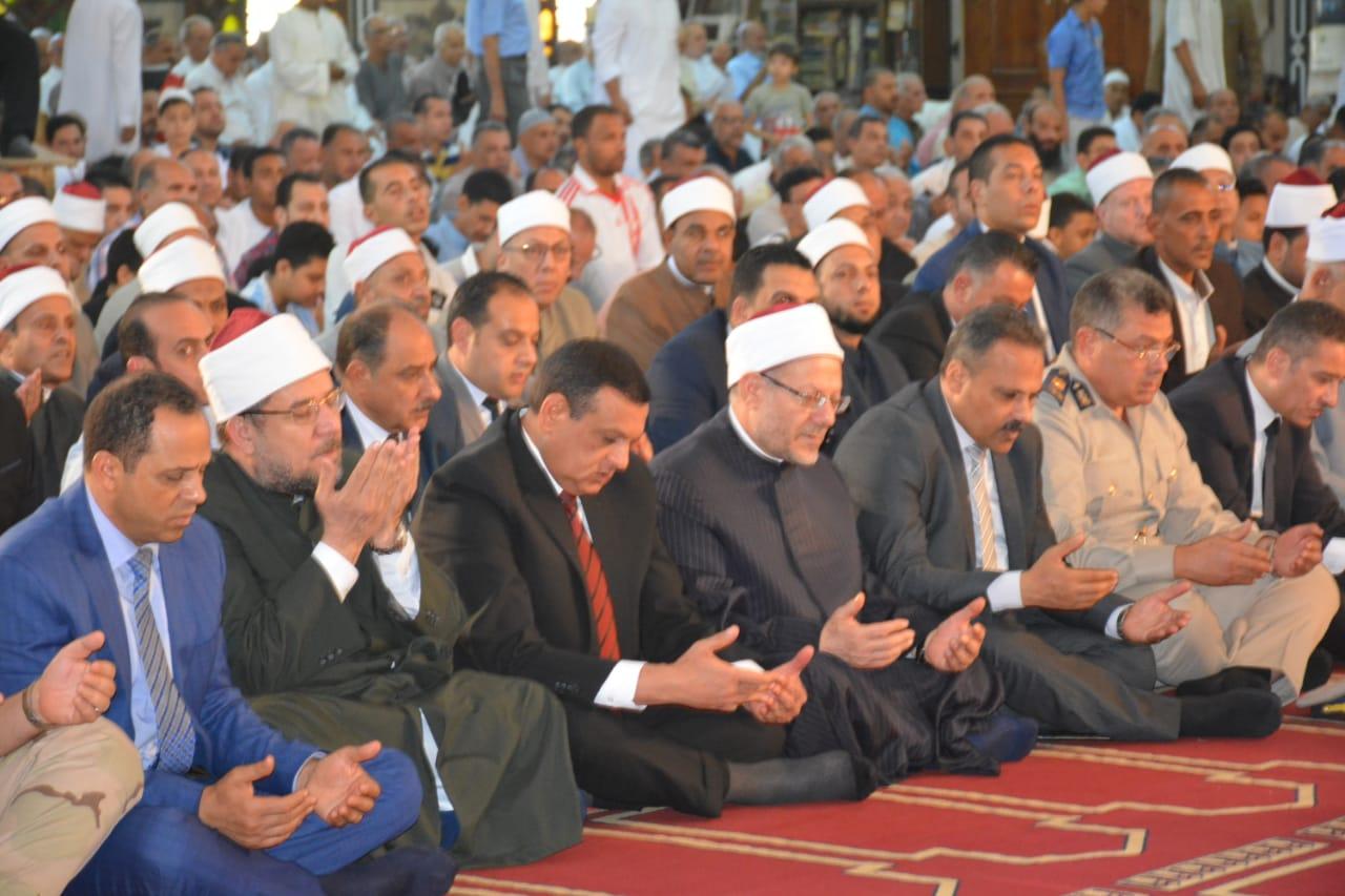 صلاة الجمعة بمسجد ناصر بمدينة دمنهور (2)