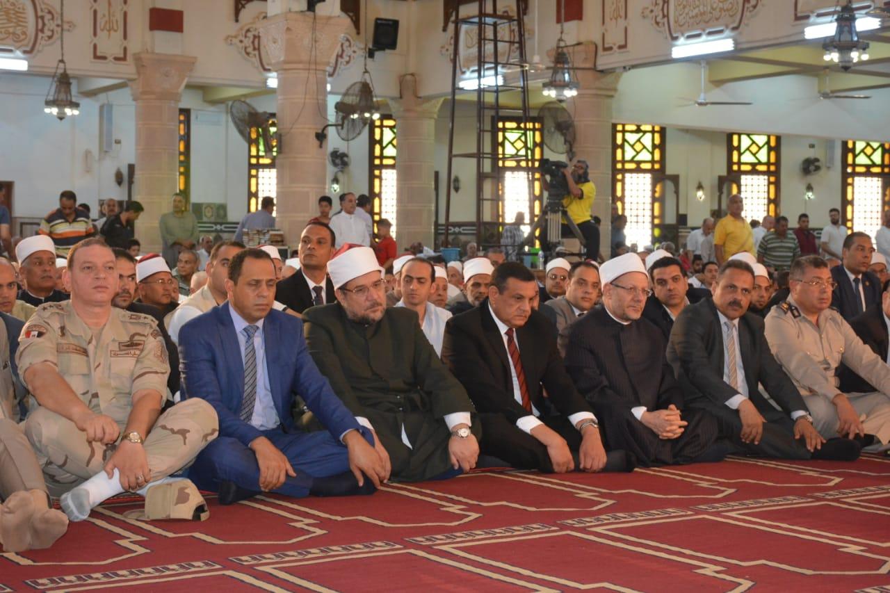 صلاة الجمعة بمسجد ناصر بمدينة دمنهور (3)