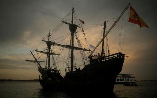 نسخة طبق الأصل من السفينة ماجلان فيكتوريا