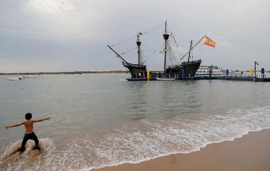رسو السفينة على شواطئ اسبانيا