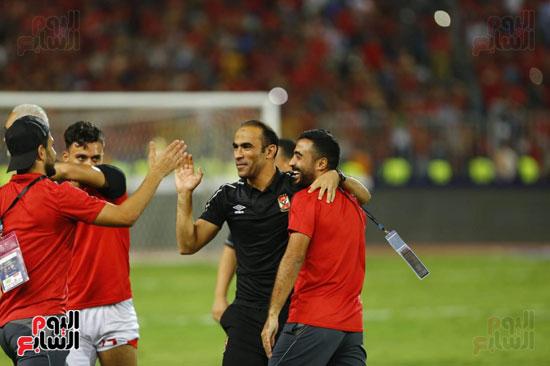 سيد عبد الحفيظ يحتفل بالسوبر