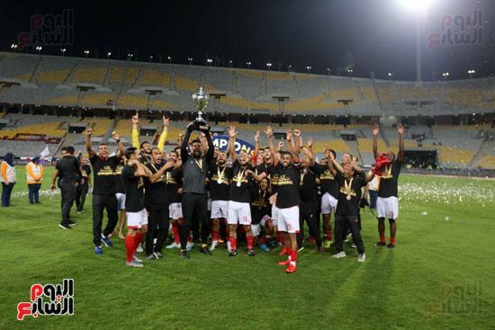 فرحة لاعبي الأهلي بالسوبر المصري (11)