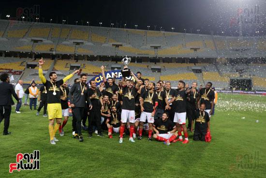 فرحة لاعبي الأهلي بالسوبر المصري (9)