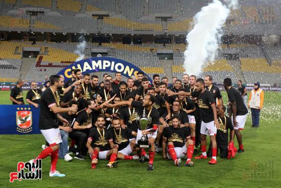 فرحة لاعبي الأهلي بالسوبر المصري (8)