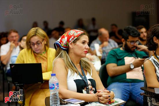 ندوة أصوات اللاجئين فى السينما بمهرجان الجونة (9)