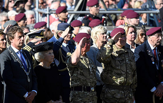 التحية العسكرية على أرواح الضحايا