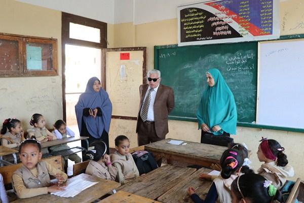 6 وكيل وزارة التعليم يتابع المدارس