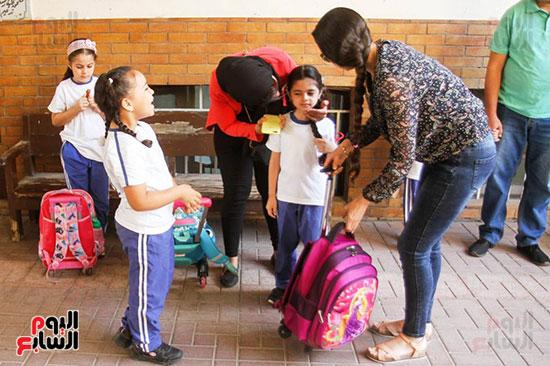 الطلاب بعد عودة الدراسة
