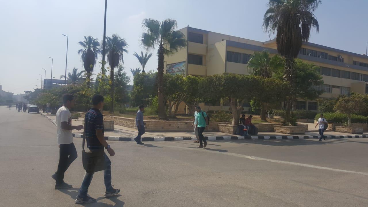بدء الدراسة بجامعة الأزهر  (1)
