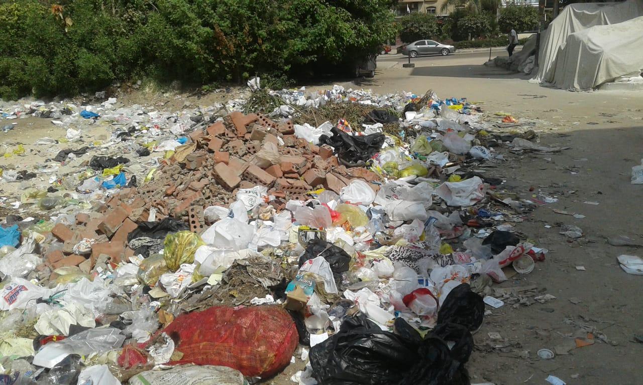 مخلفات القمامة بالحى السويسرى