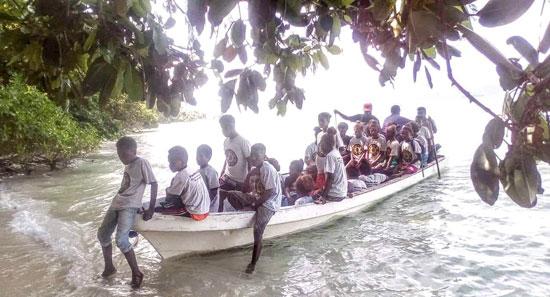 أطفال-فى-جزيرة-سليمان