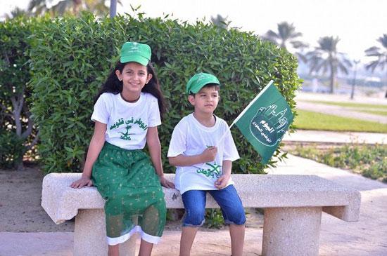 اطفال-سعوديون-يحتفلون-بالعيد-الوطنى