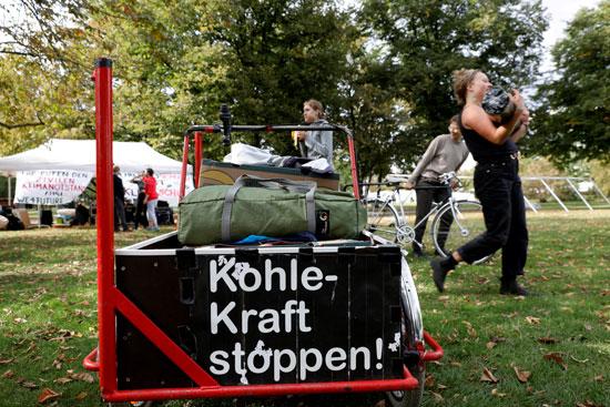 نشطاء-ألمان