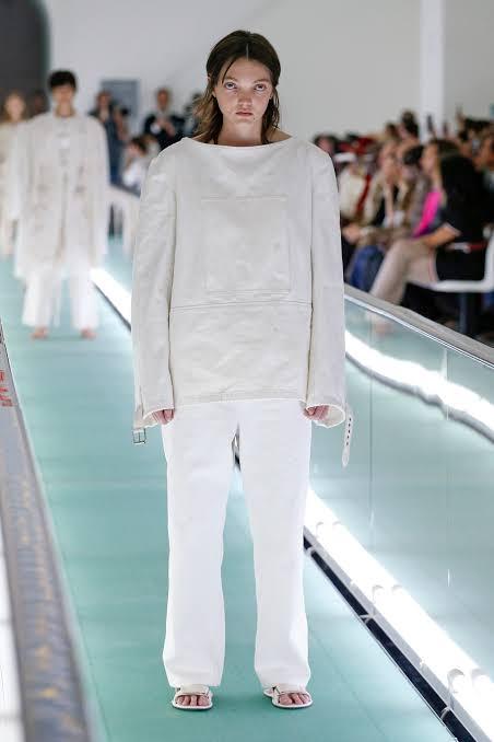 عرض أزياء جوتشى (3)