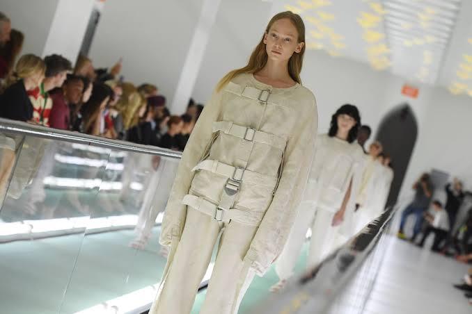 عرض أزياء جوتشى (2)