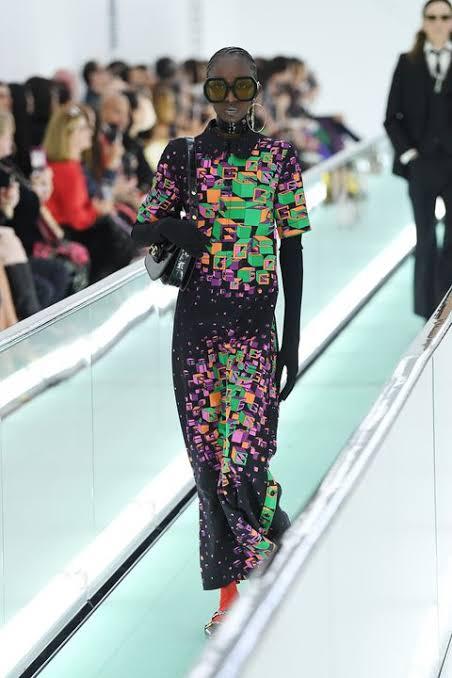 عرض أزياء جوتشى (4)