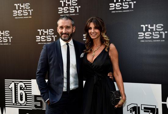 زامبورتا مع زوجته