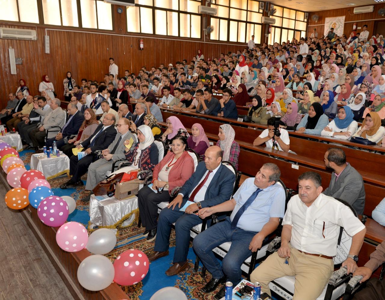 جانب من حفل استقبال طلاب جامعة المنصورة