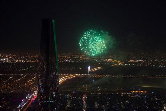 الألعاب النارية فى سماء العاصمة