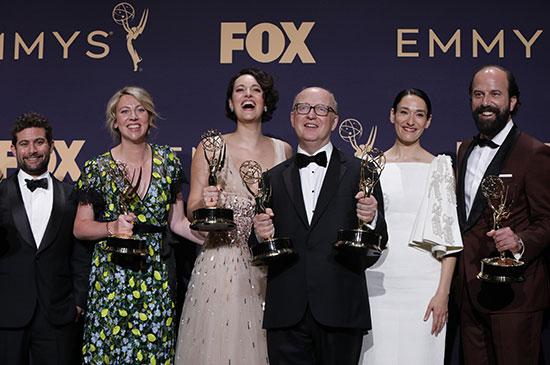 فرحة النجوم بالجوائز
