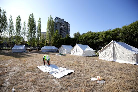 مخيمات للمتضررين