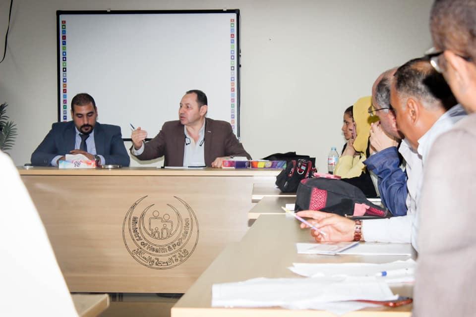 نائب رئيس أمانة المراكز الطبية المتخصصة يزور مستشفي أرمنت والأقصر الدولي  (1)