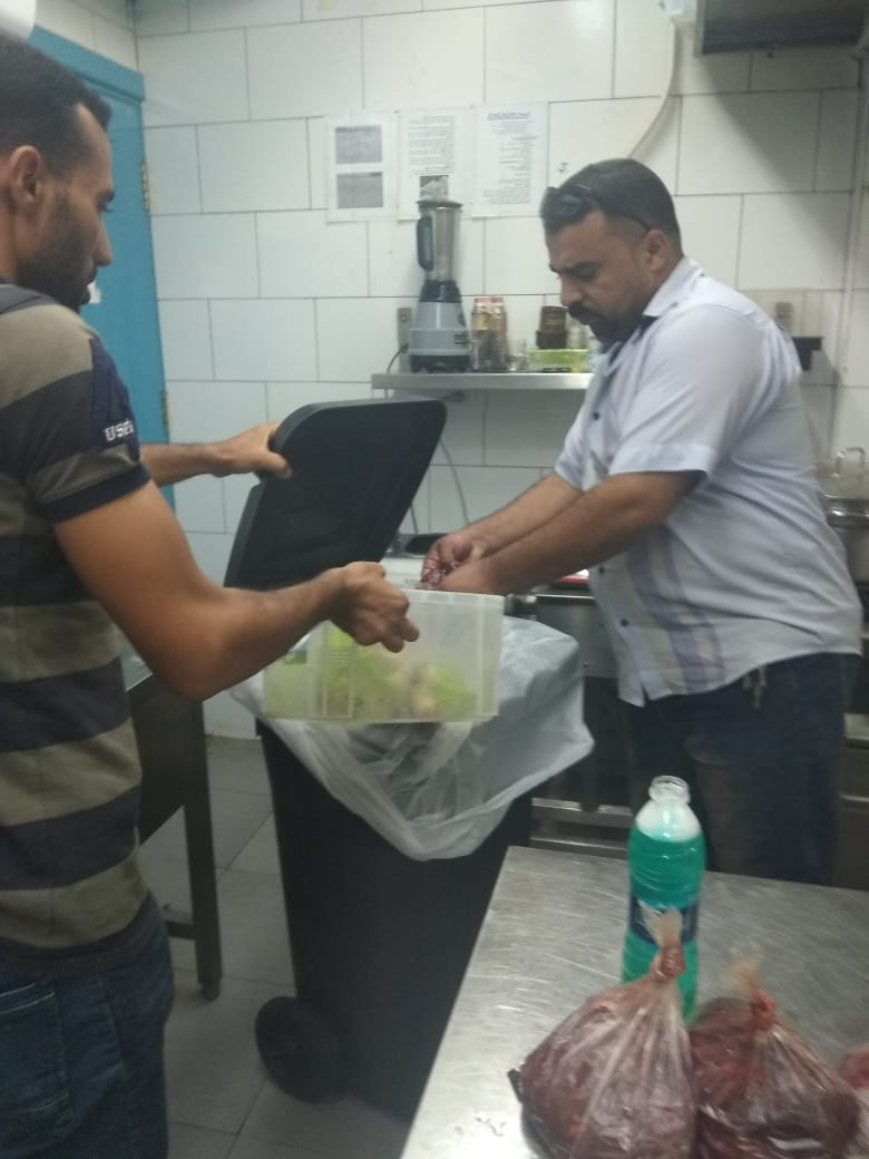 حملة مديرية الصحة على مطاعم الشرقية (3)