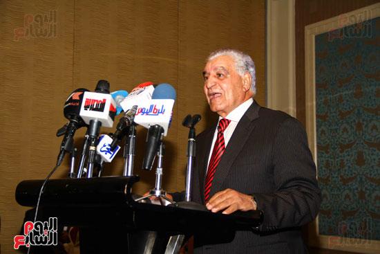 حفل توقيع كتاب أسرار مصر لزاهى حواس (14)