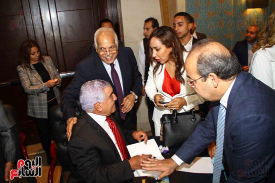 حفل توقيع كتاب أسرار مصر لزاهى حواس (17)