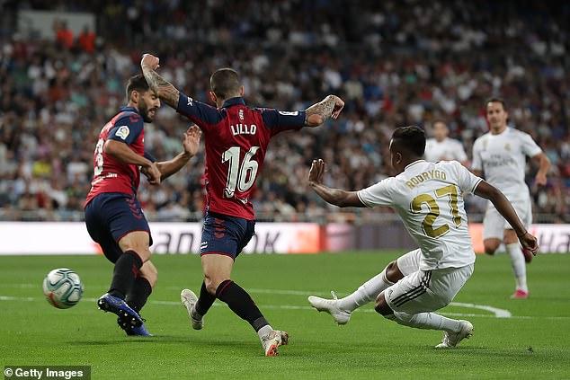 جانب من مباراة ريال مدريد ضد أوساسونا