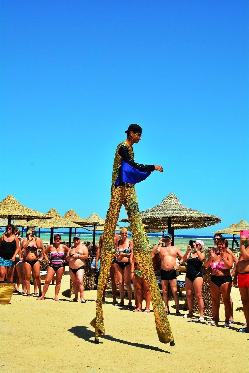 1- احتفالات الفنادق باليوم العالمي للسياحة