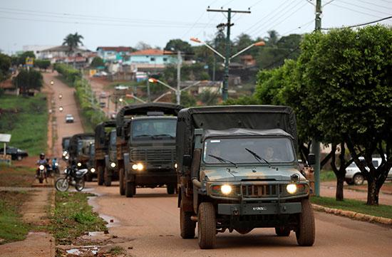 سيارة نقل جنود الجيش البرازيلى