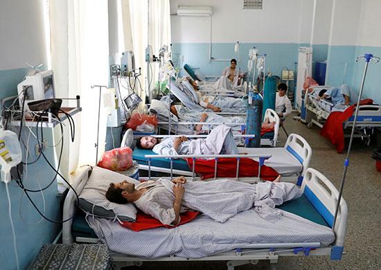 المصابين داخل المستشفى