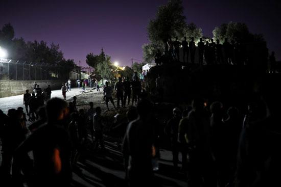 الاشتباكات مع الشرطة اليونانية
